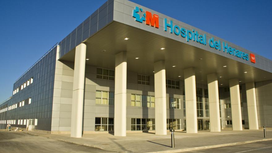 Fachada del hospital del Henares
