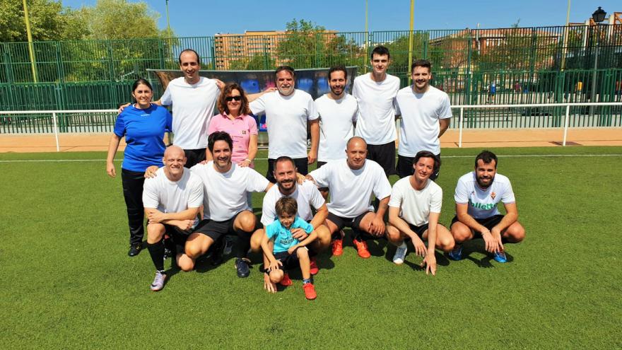 El Hospital Universitario Infanta Leonor participa en un torneo de fútbol benéfico de Villa de Vallecas