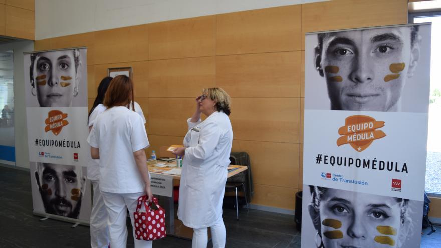 Punto informativo sobre donación de médula en el Hospital Infanta Sofía