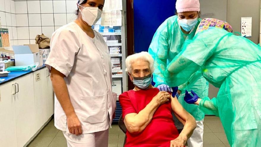 Vacunación en el Centro de Salud El Soto