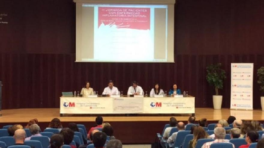 Jornada de pacientes con enfermedad inflamatoria intestinal en el Salón de actos del Hospital de Fuenlabrada