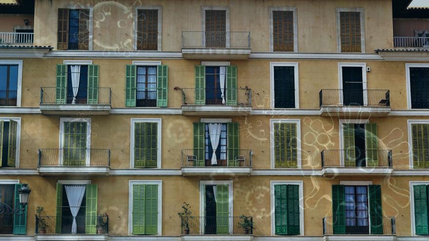 fachada balcones y coronavirus