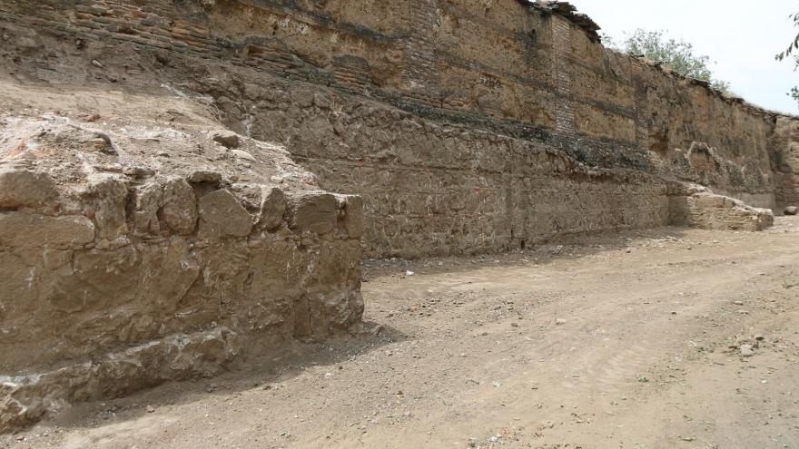 Vista del tramo de muralla cristiana