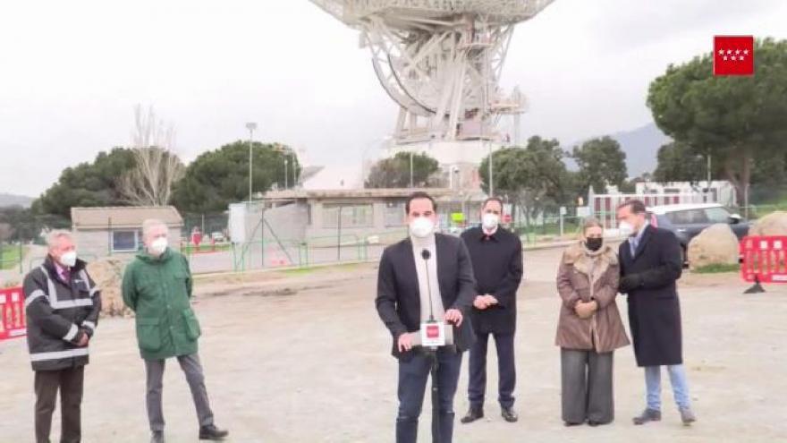 Ignacio Aguado presenta la publicación Las escaleras al cielo