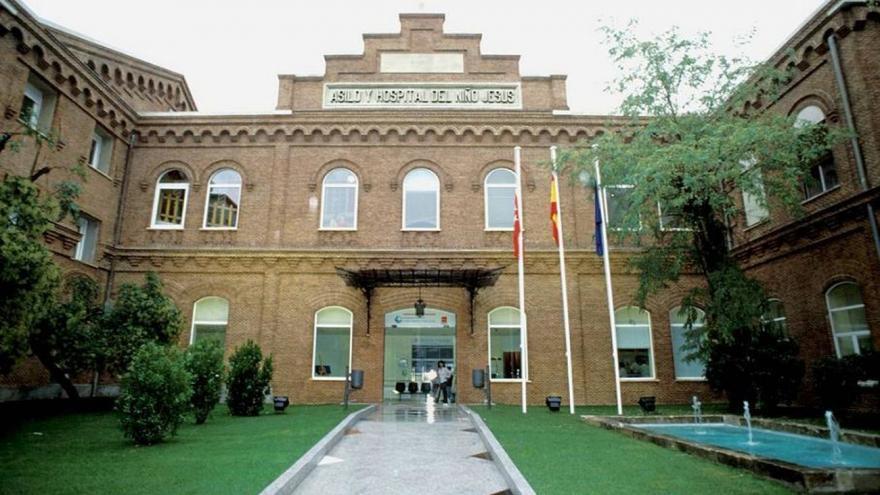 Puerta principal del Hospital Niño Jesus