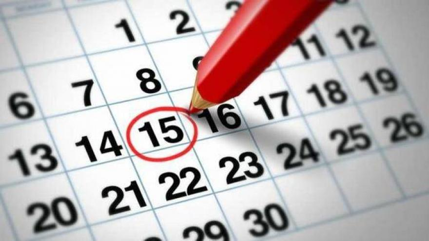 calendario y lapiz