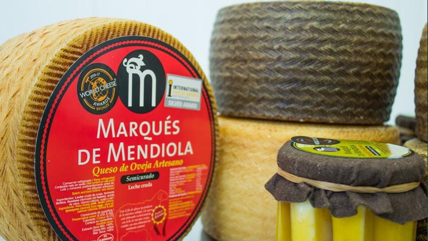 Fotografía de quesos Marqués de Mendiola semicurado