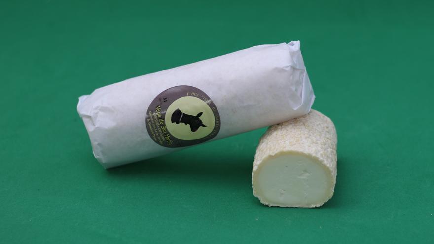 Fotografía de quesos Rulito de cabra Vega de San Martín