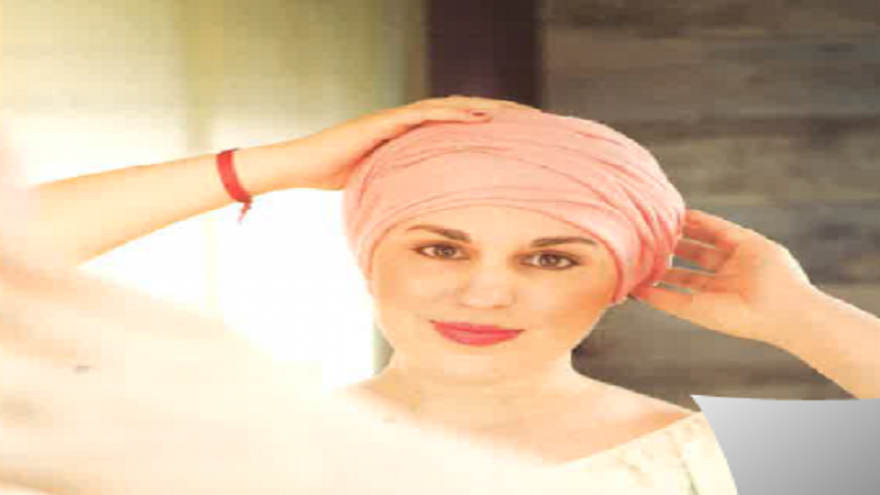 Mujer con pañuelo en la cabeza