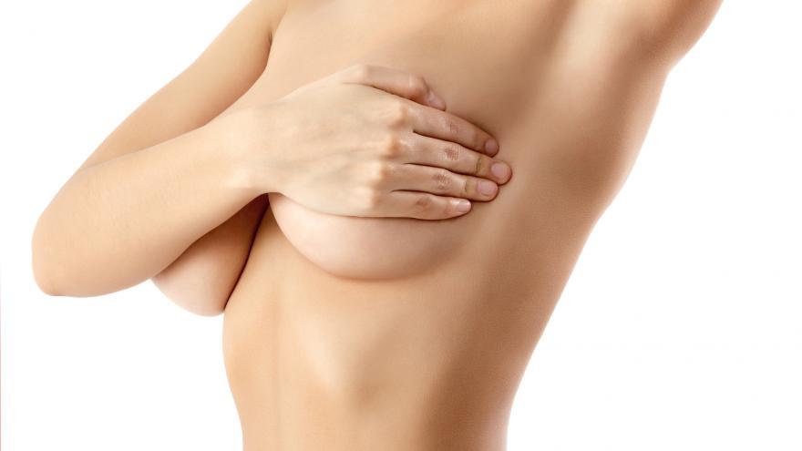 autoexploración pecho femenino