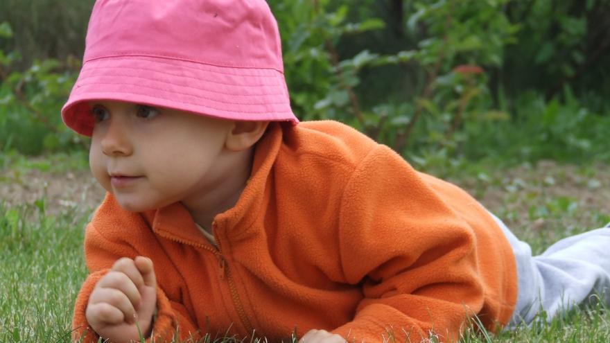 Niño con gorro