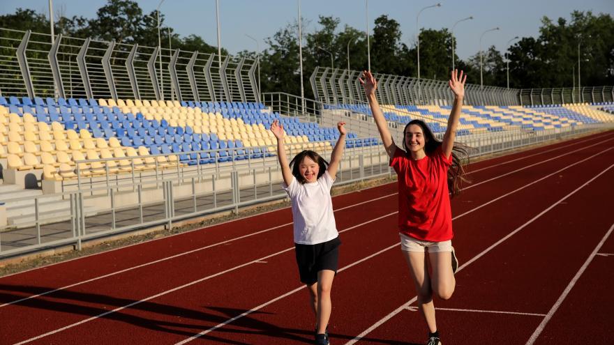 Imagen discapacitada intelectual practicando deporte