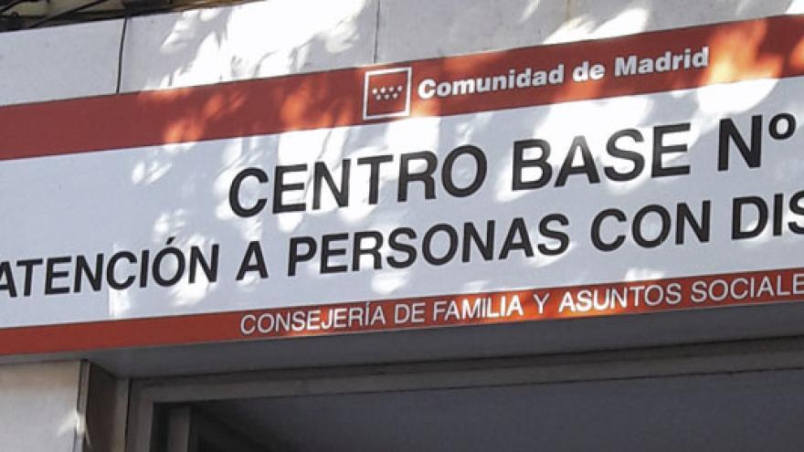 Fachada del Centro Base Nº 8 de la Comunidad de Madrid