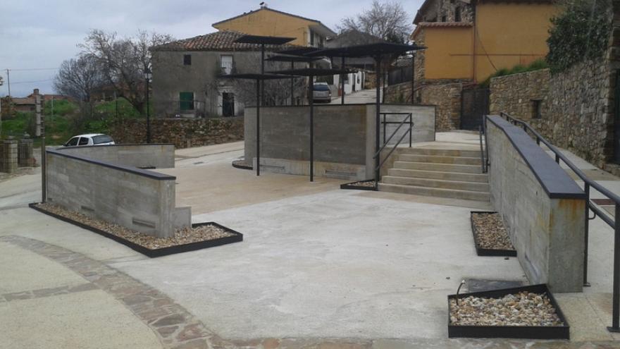 Imagen de la Plaza de Juan Yagüe en Berzosa de Lozoya