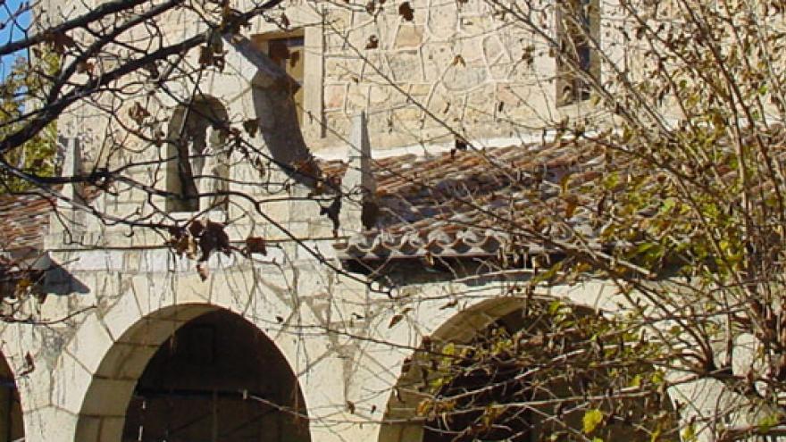 Lozoyuela-parroquia