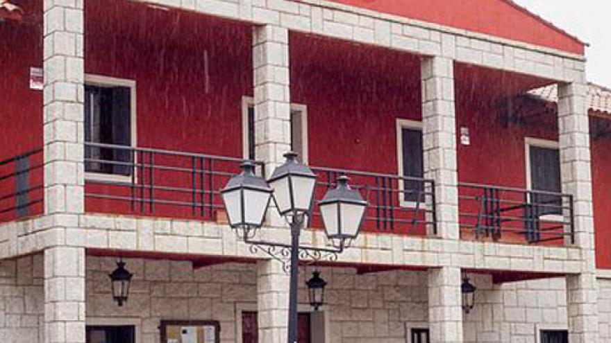 La-Cabrera-ayuntamiento