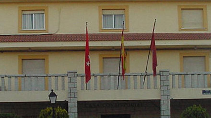 Pedrezuela-ayuntamiento