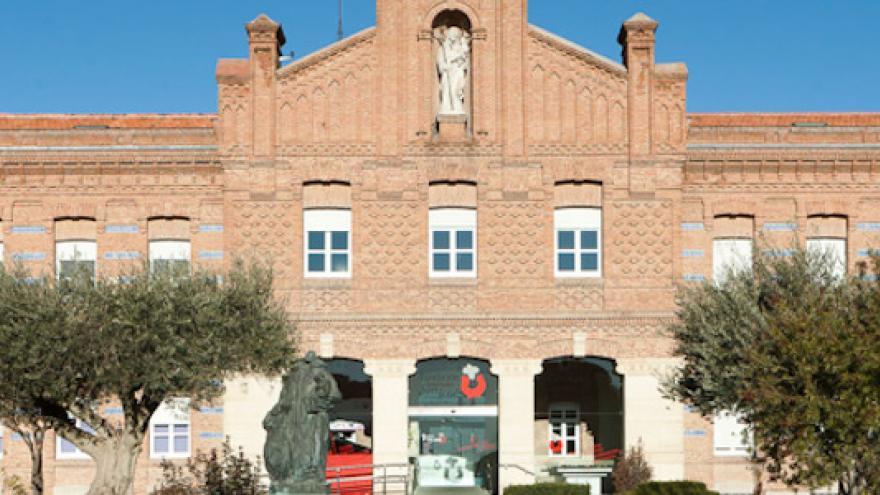 Fachada del pabellón principal del Instituto San José donde se localiza el Centro de Atención Temprana