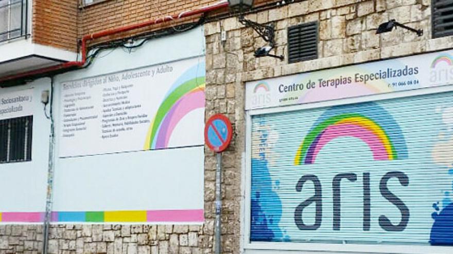 Fachada del Centro de Atención Temprana (CAT) ARIS - Antonio Leyva