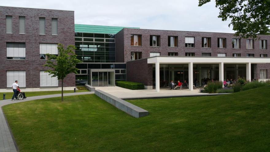 edificio de centro sanitario