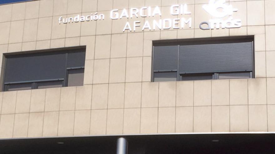 Fachada de la Residencia y Centro de Día Nuevo Parque Polvoranca - Grupo AMÁS