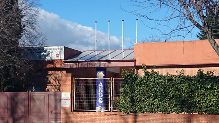 Fachada del Centro Ocupacional Municipal de Alcorcón Carlos Castilla del Pino