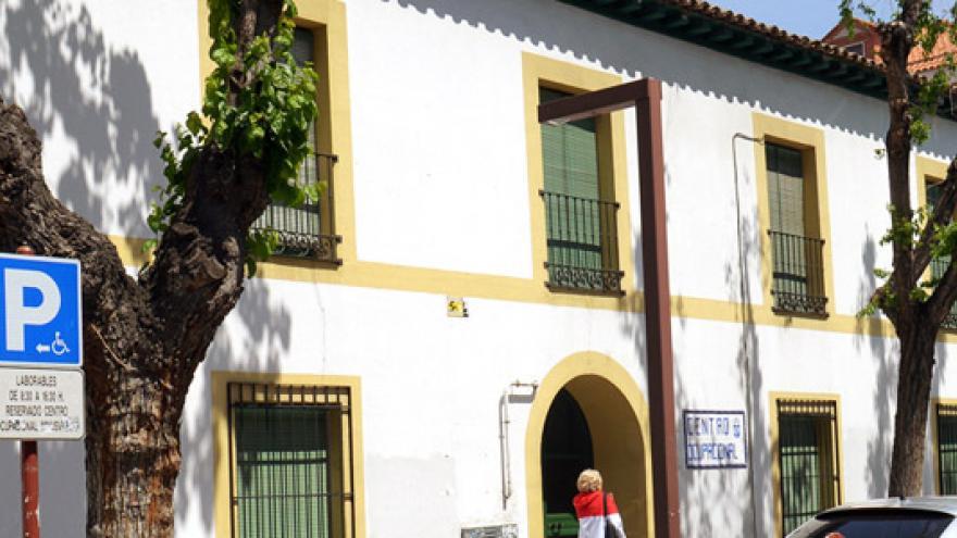 Fachada del Centro Ocupacional Municipal de Valdemoro Estrella de Elola