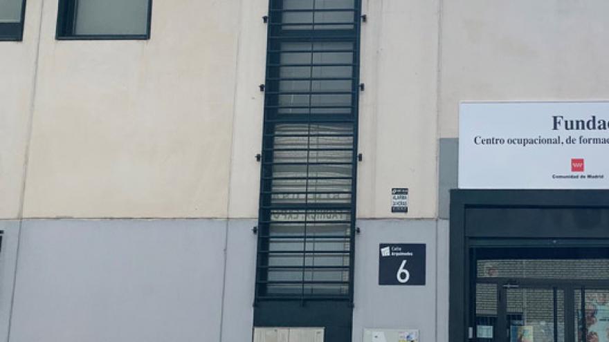 Fachada del Centro Ocupacional Fuenlabrada