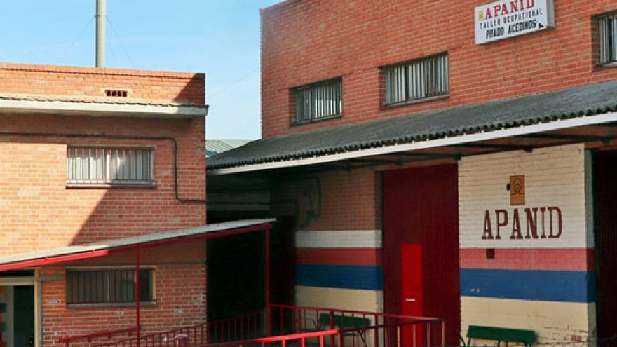Fachada del Taller Ocupacional Prado Acedinos - La Toca / APANID