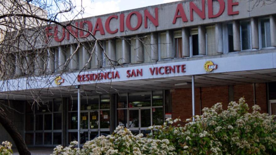 Fachada de la Residencia San Vicente Fundación ANDE
