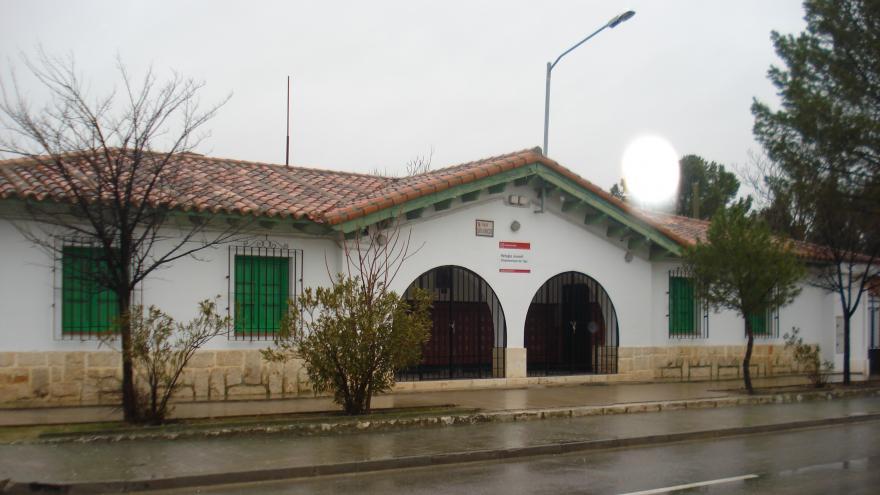 Fachada del refugio de Villamanrique del Tajo