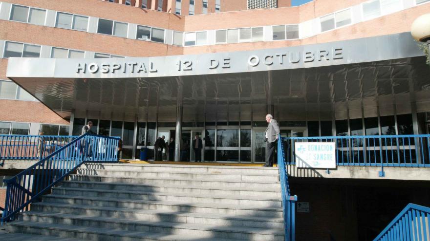 Puerta del Hospital 12 de Octubre