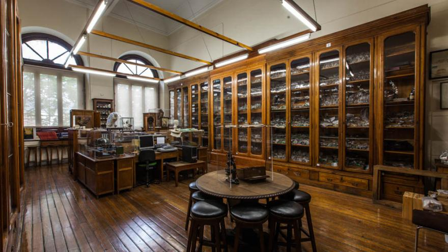 Biblioteca antigua del IES Ramiro de Maeztu