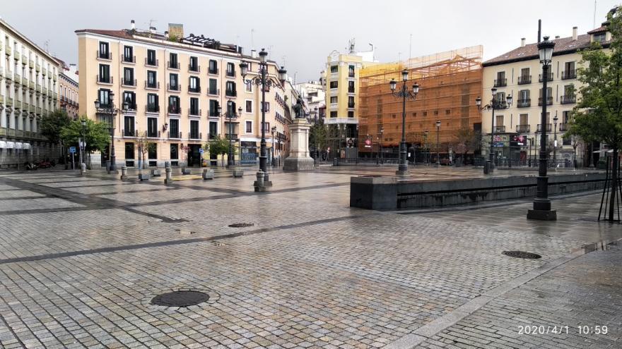 Plaza de Ópera sin gente por el estado del alarma