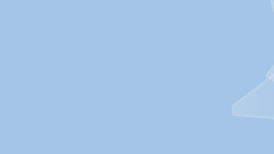 fondo azul con la cruz del Servicio Madrileño de Salud