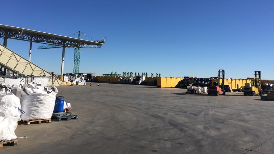 Imagen de las instalaciones de un gestor de residuos