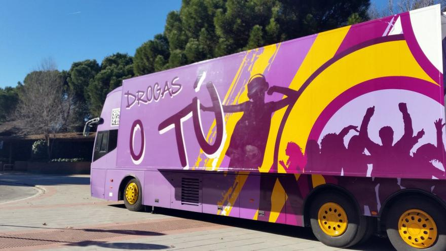 El autobús 'Drogas o Tú' se acerca a las fiestas patronales para prevenir adicciones