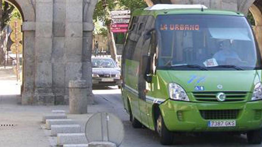 Autobús urbano en El Escorial
