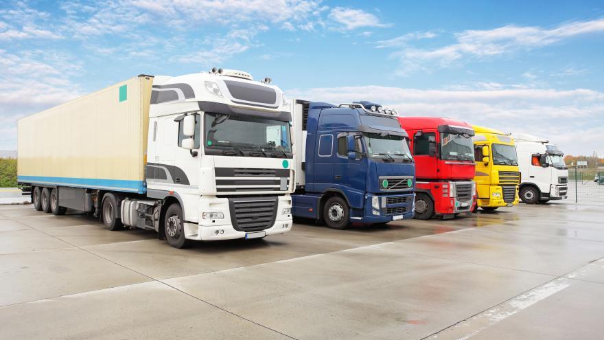 camiones_varios_colores