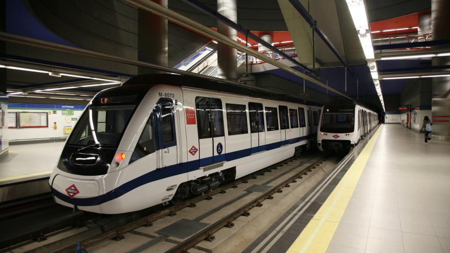 Trenes de la serie 8.000 de Metro