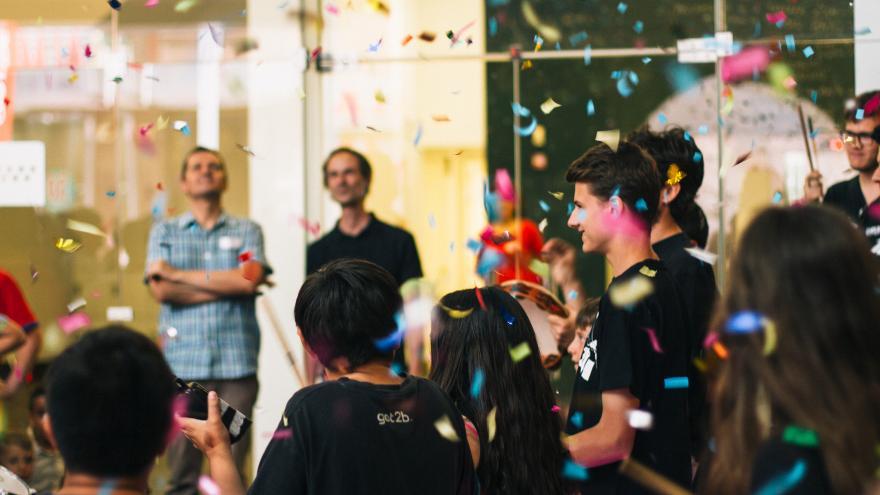 La Comunidad da la bienvenida al verano en el CA2M con verbenas, cabañas y talleres gratuitos
