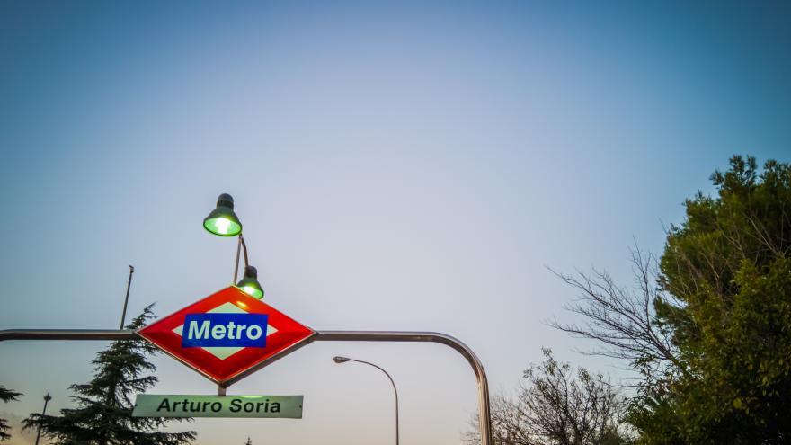 Parada de Metro Arturo Soria