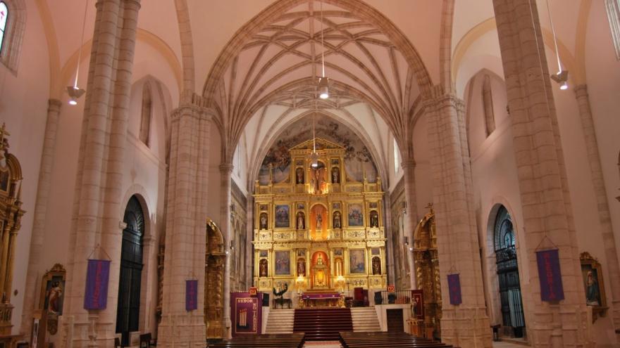 Una imagen del interior de la iglesia de Santa María la Mayor de Colmenar de Oreja