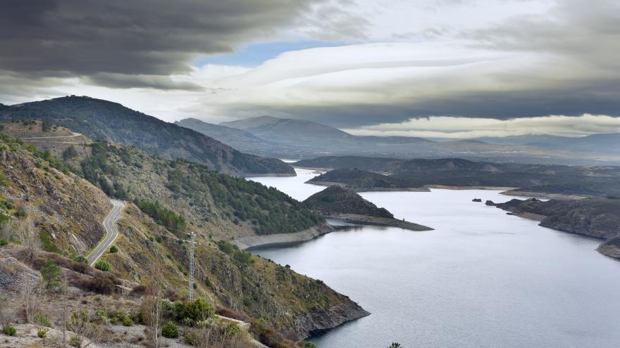Vista de la presa de El Atazar
