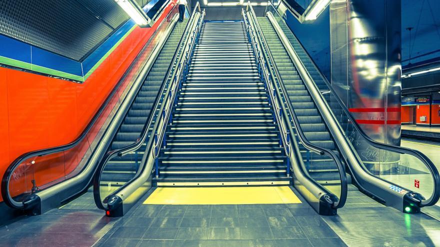 Escaleras mecánicas Metro de Madrid