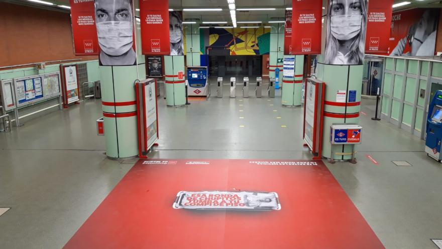 Carteles en el metro
