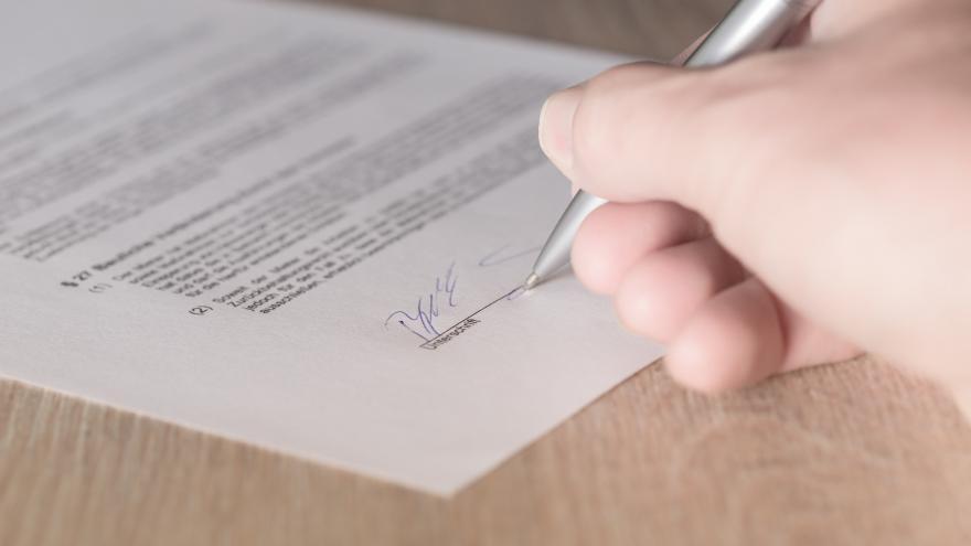Imagen de firma contrato