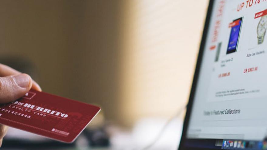Ordenador y tarjeta