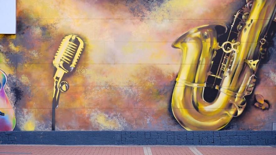 saxo graffiti