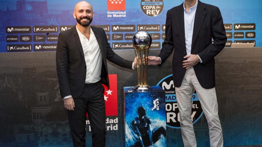 Jaime de los Santos con la Copa